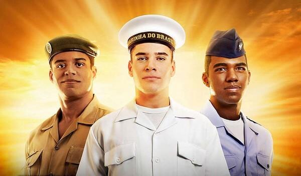 Homens do exército brasileiro respectivamente do exército, aeronáutica e marinha.